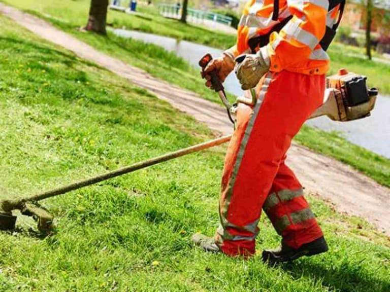Via libera alla manutenzione del verde