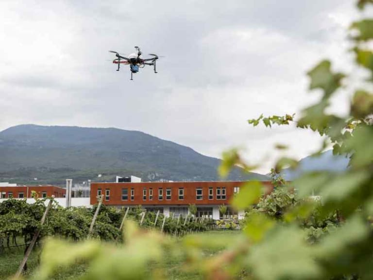 Cyberfed fa volare i droni senza controllo visivo diretto