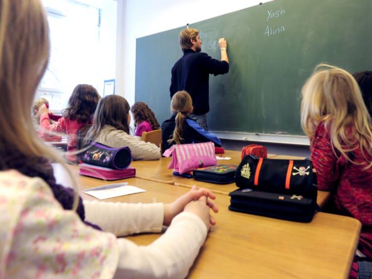 Edilizia scolastica: a Milano e a Torino ci si comincia a muovere