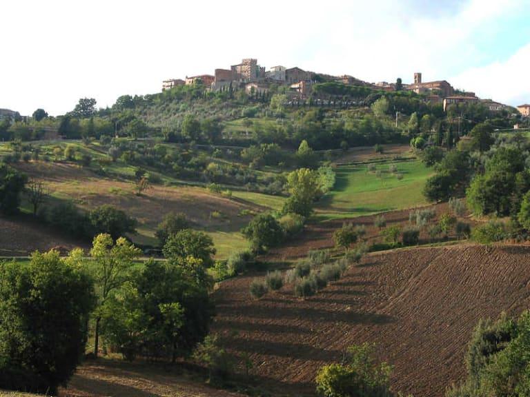 Casole d'Elsa, turismo in bicicletta tra le colline senesi