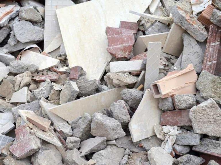 Come smaltire correttamente i rifiuti edili