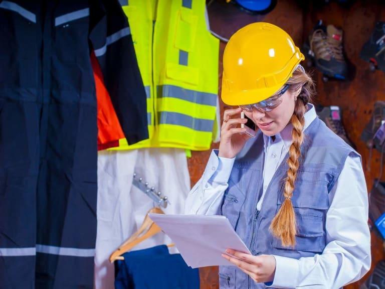 What Women Wear at Work? Immaginatelo per vincere