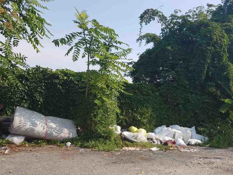C'è un modo per limitare i detriti edili abbandonati? Sì, c'è