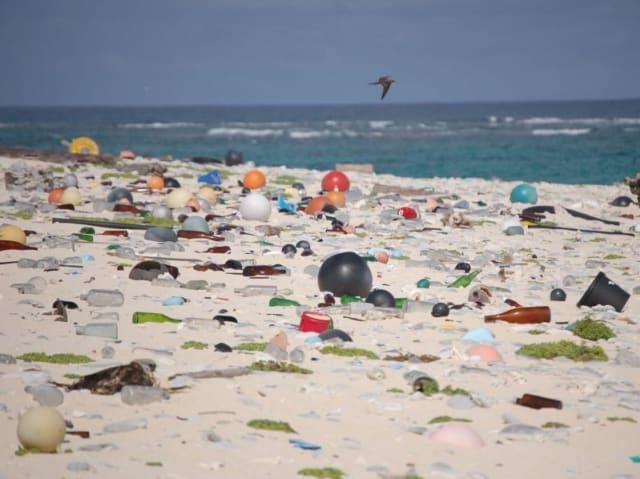 tutelare le spiagge - microplastiche sulle spiagge