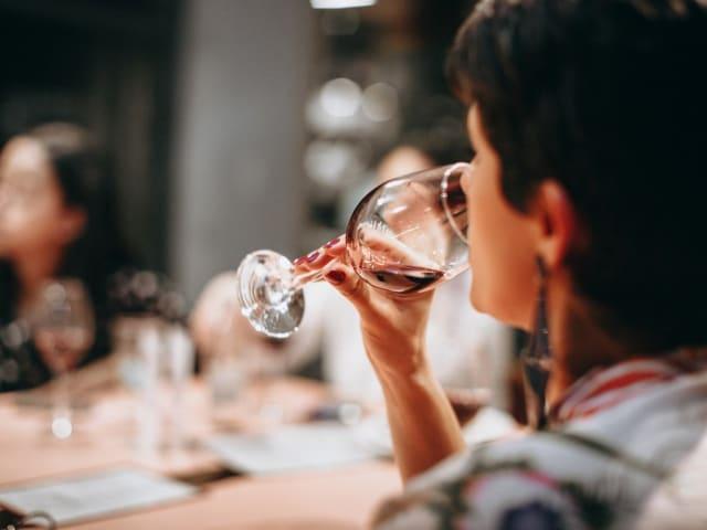 sostenibilità del vino - degustazzione olfattiva vino