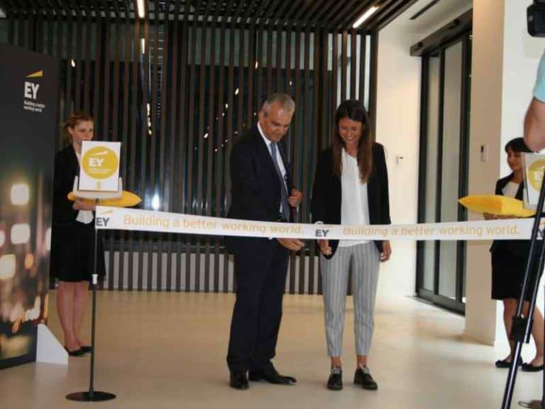 Sostenibilità e innovazione: la nuova sede EY nel cuore di Milano