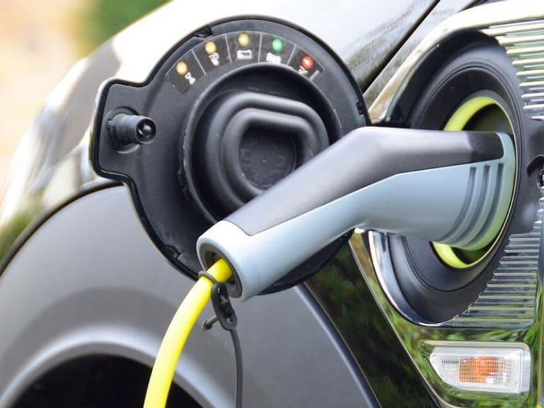 Rete elettrica, in arrivo servizi sempre più smart e connessi