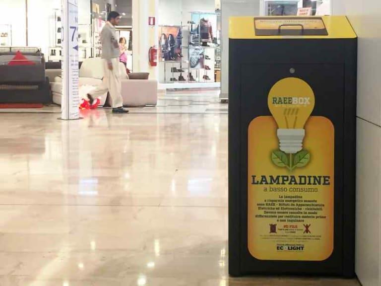 Riciclare rifiuti di illuminazione e Raee, i cittadini chiedono più informazioni