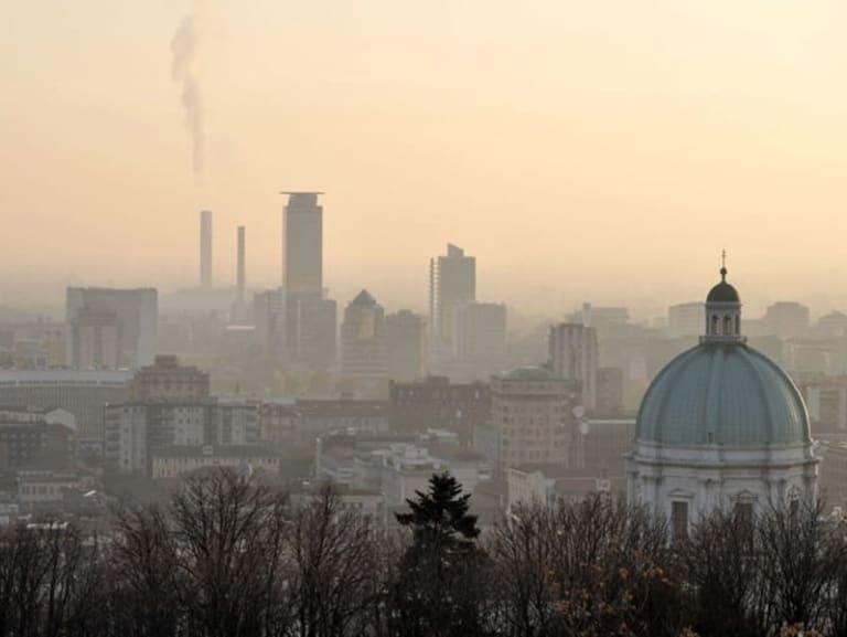 L'Italia ha la febbre e respira male: ecco cosa fare per curarla