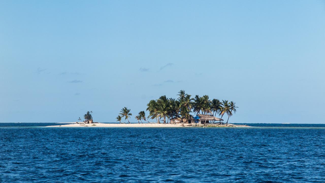 Vista de ilha com apenas uma família moradora a partir da Amande 2