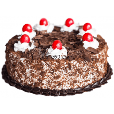 Black Forest Cake With Cherry