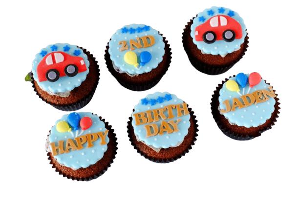 Car Fondant Cup Cakes
