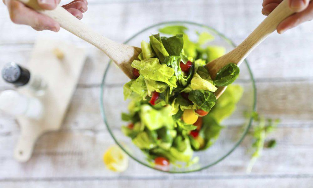 Caesar salad (Serves 1)