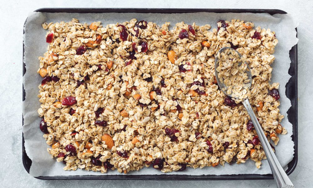 Tasty muesli	   (Serves 6 small portions)