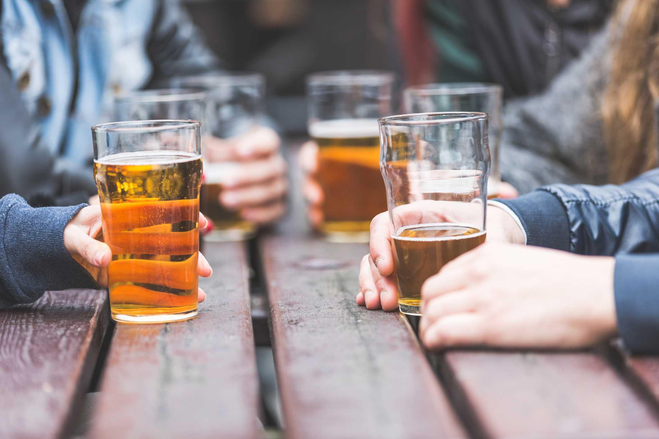 Tiêu chảy khi uống bia rượu