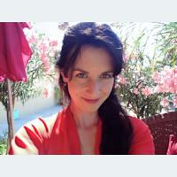 Niamh Yoga Flows - Temple Yoga