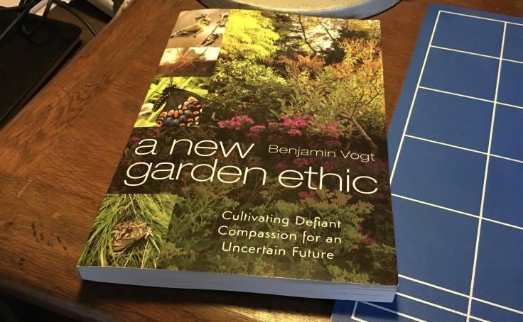 Book cover of A New Garden Ethic