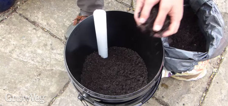How To Make A Self Watering Plant Pot