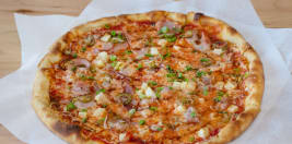 Round Table Pizza Menue.Round Table Pizza Delivery 1566 Howe Ave Sacramento Order Online