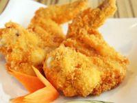 4 fried chicken wings - Wongs Garden