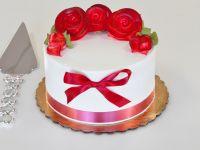 Simple Flower Design Cake