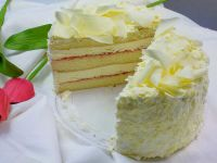 White Bavarian Strawberry Fee Cake