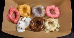 keyas mini donuts llc - Italian Pizza Kitchen