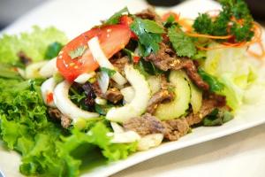 24. Yum Nuer Salad - delivery menu