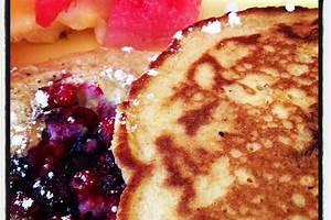 Pancakes Aux Fruits Rouges - delivery menu
