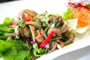 29. Yum Kor Moo Yang Salad - delivery menu