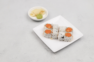 R35. Spicy Crunchy Salmon Roll - delivery menu