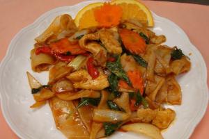 Veggie Drunken Noodle - delivery menu
