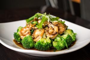 Bangkok Garlic & Vegetables - delivery menu