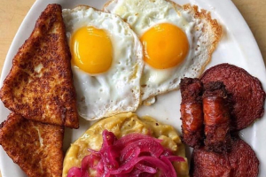 Fried Spanish Sausage with 3 Golpes Breakfast - delivery menu