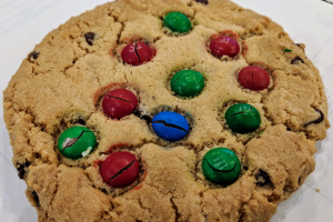 M&M Cookie - delivery menu