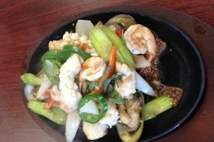 H17. Seafood Hot Plate - delivery menu