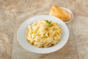 Fettuccine Alfredo - delivery menu