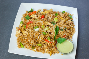 Arroz Chaufa de Pollo - delivery menu