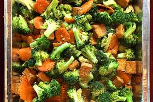 Broccoli in Oyster Sauce Tray - delivery menu