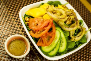 S2. Mango Spinach Salad - delivery menu