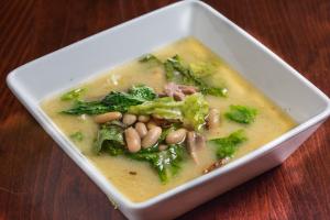 Classic Escarole and White Bean Soup - delivery menu