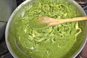 Pasta with Creamy Pesto Sauce - delivery menu