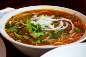 P7. Pho Hue Beef Vermicelli Soup - delivery menu