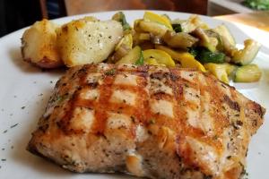 Salmone Al Forno - delivery menu