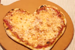 Heart Shaped Cheese Pizza Pie💟 - delivery menu