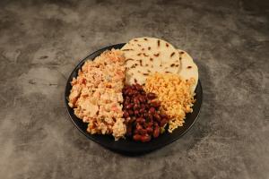 47. Pollo en Creama - delivery menu