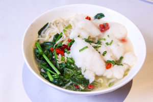 32.fish filet rice noodle soup凤凰鱼米粉 - delivery menu