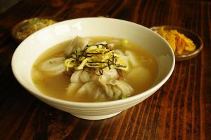 Lunch- Dduk Mandoo Guk (Soup) - delivery menu