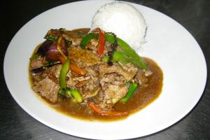 Peppercorn Beef Dinner ** - delivery menu