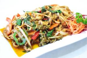 125. Pad Ped Prik Thai Oon - delivery menu